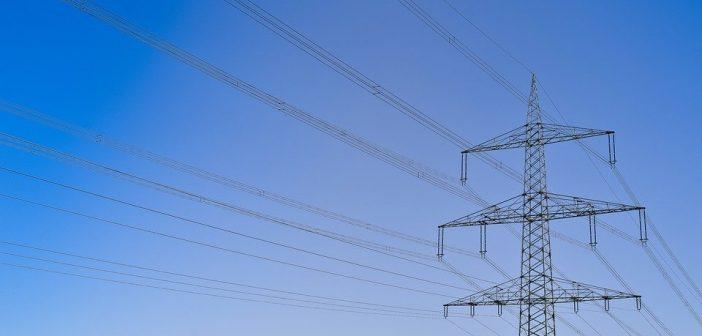 Garantir l'approvisionnement électrique à tous à tout moment – le défi du réseau électrique